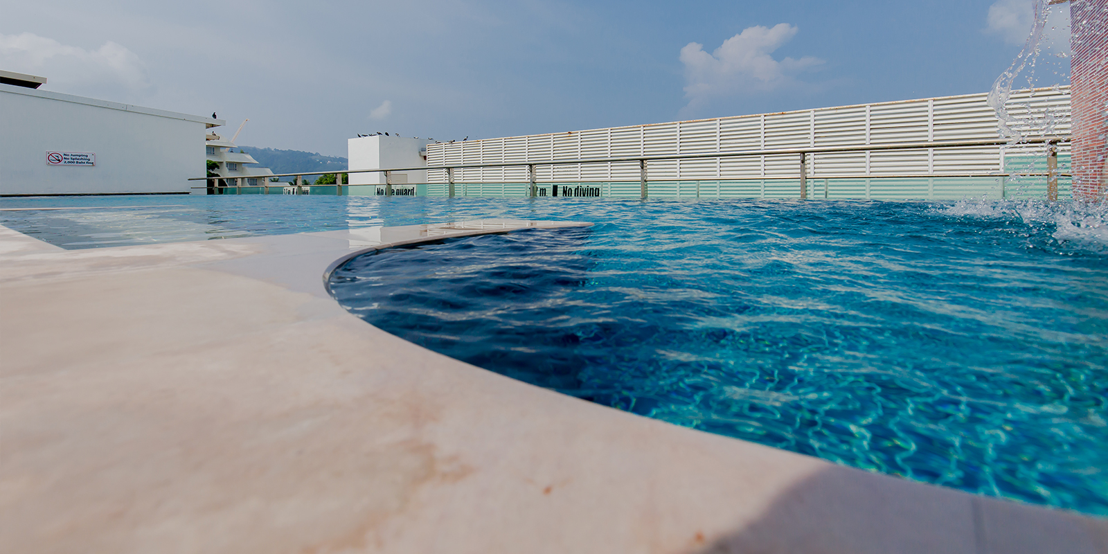 Swimming pool Aspery Hotel Patgon Beach